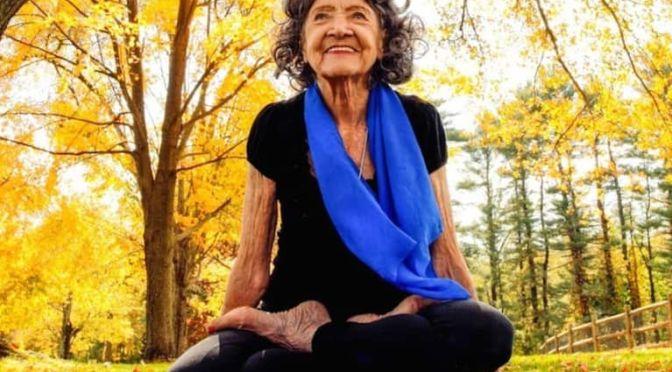 คุณยายอายุ 99 ปี เธอไม่เคยยอมแพ้ต่ออายุ!!